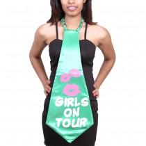 Girls on Tour Giant Tie