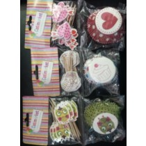 Cupcake Holders with Toothpick Decoration